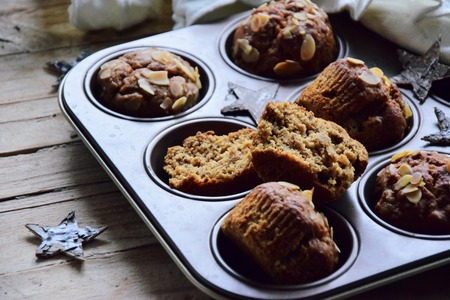 Vegan banana muffins with almond butter