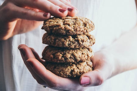 Vegan hazelnut butter cookies
